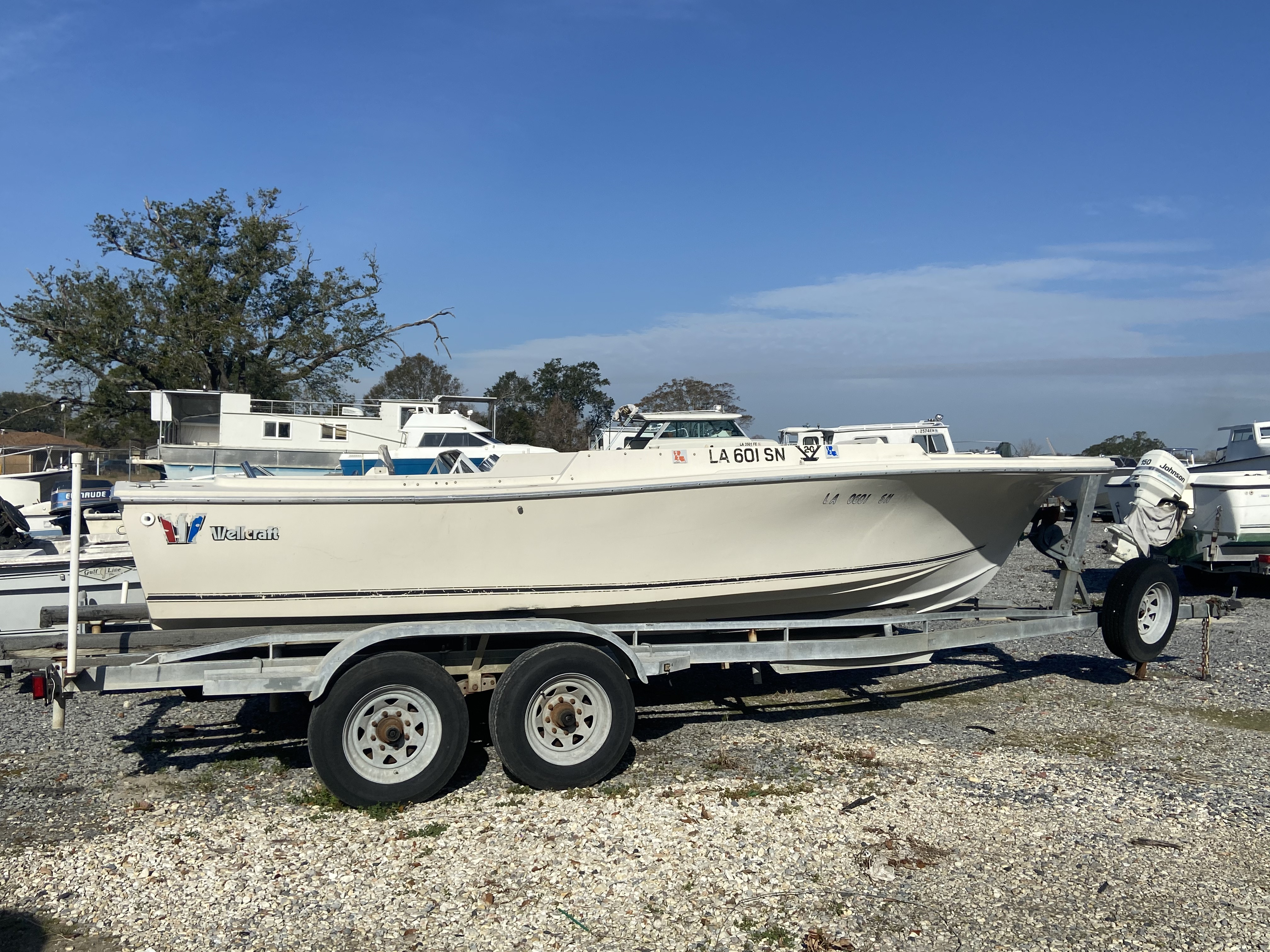1979 Wellcraft boat for sale, model of the boat is Dual & Image # 1 of 5