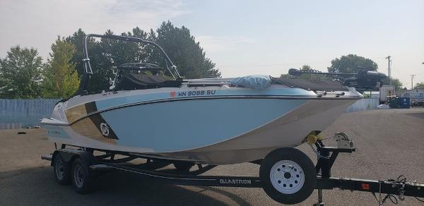 2018 GLASTRON 225 SURF & FISH for sale