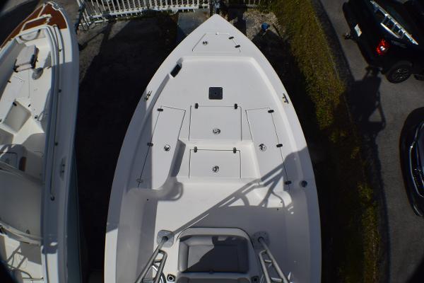 2012 Blazer Bay 2220 Fisherman thumbnail