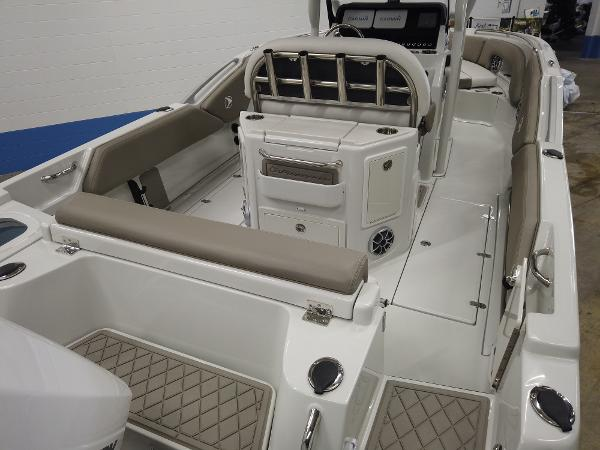 2021 Finseeker boat for sale, model of the boat is 220 CC & Image # 5 of 12