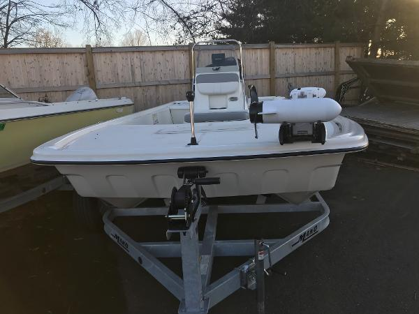 2020 Mako boat for sale, model of the boat is Pro Skiff 19 CC & Image # 3 of 36