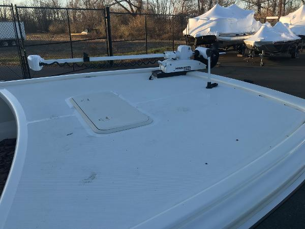 2020 Mako boat for sale, model of the boat is Pro Skiff 19 CC & Image # 10 of 36