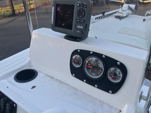 2020 Mako boat for sale, model of the boat is Pro Skiff 19 CC & Image # 12 of 36