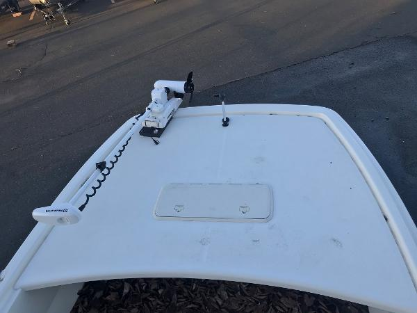 2020 Mako boat for sale, model of the boat is Pro Skiff 19 CC & Image # 14 of 36