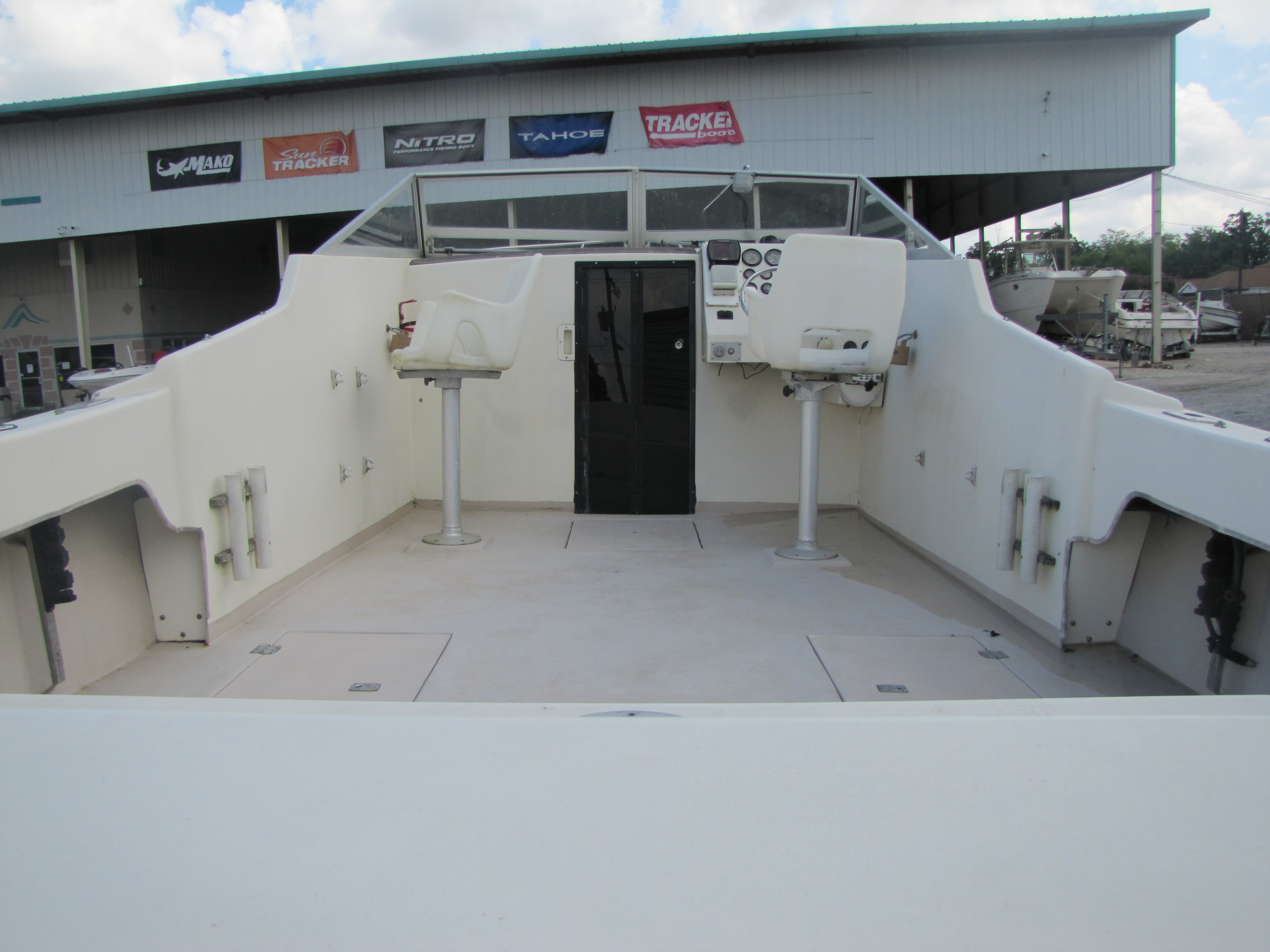 1993 Glen Young boat for sale, model of the boat is 270 & Image # 7 of 16