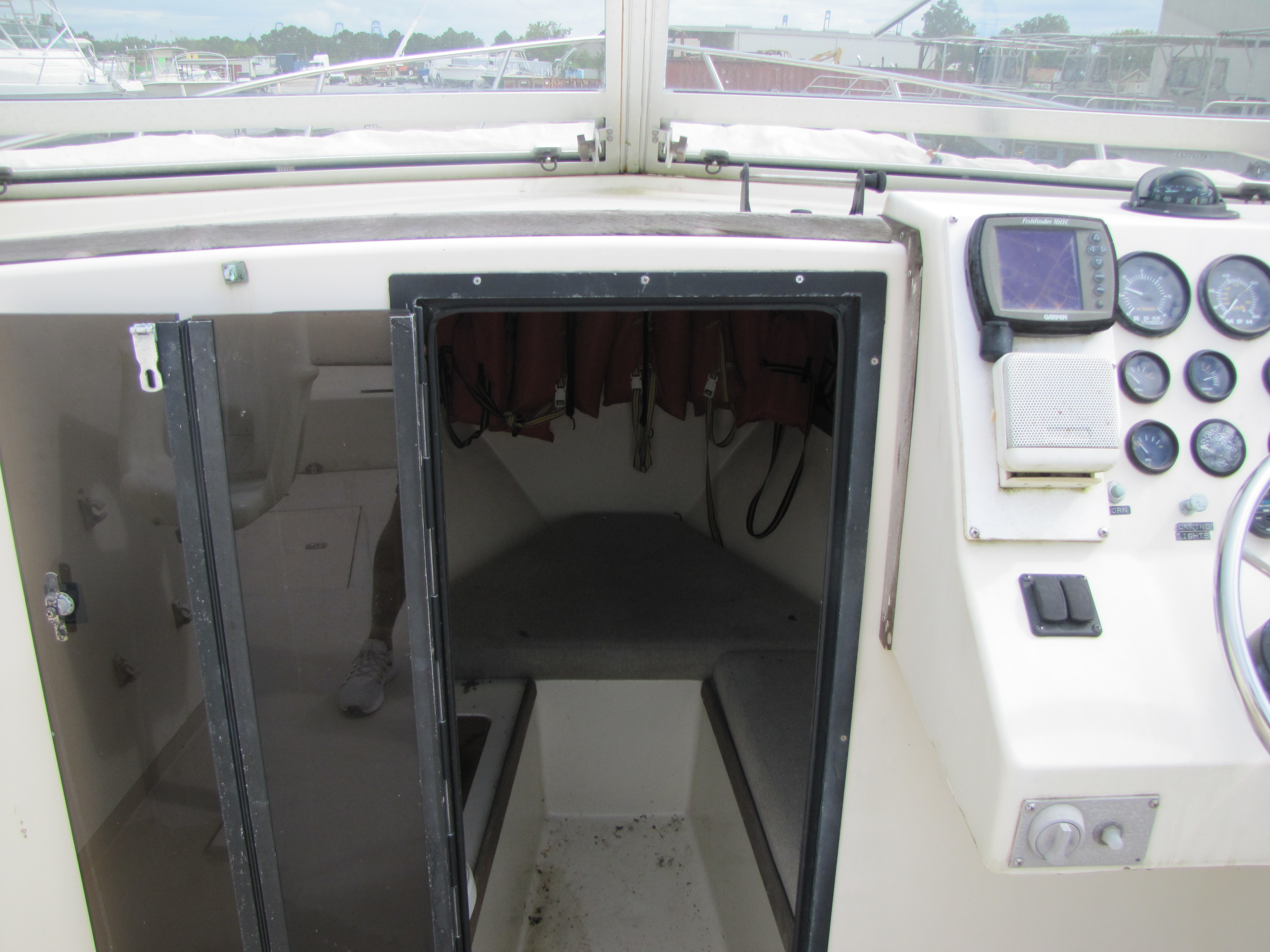 1993 Glen Young boat for sale, model of the boat is 270 & Image # 8 of 16