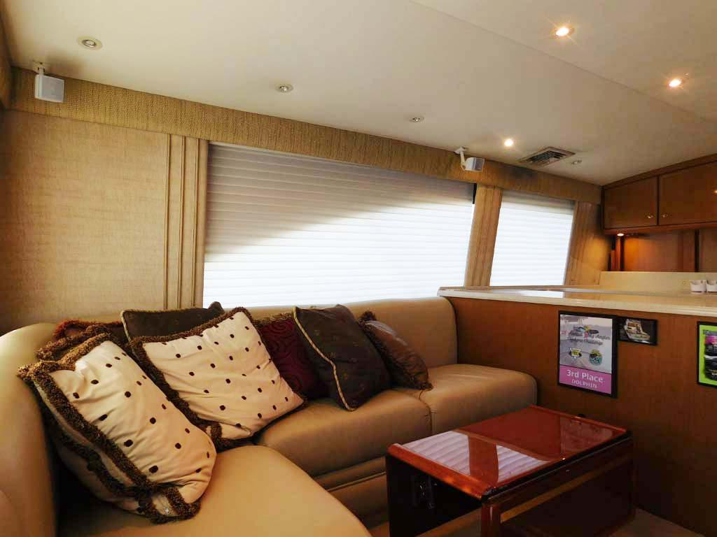 Salon L-Shaped Sofa Port with Rod Storage