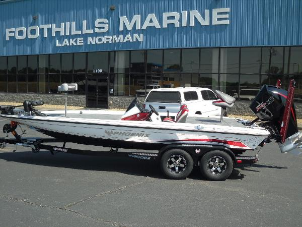 2021 Phoenix boat for sale, model of the boat is 721 ProXP & Image # 1 of 34