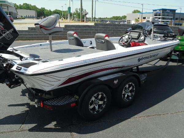 2021 Phoenix boat for sale, model of the boat is 721 ProXP & Image # 6 of 34