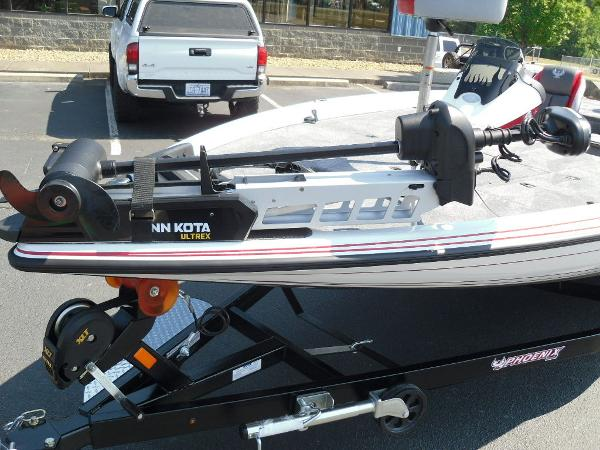 2021 Phoenix boat for sale, model of the boat is 721 ProXP & Image # 11 of 34