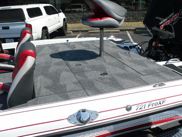 2021 Phoenix boat for sale, model of the boat is 721 ProXP & Image # 14 of 34