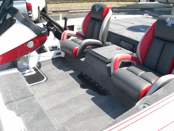 2021 Phoenix boat for sale, model of the boat is 721 ProXP & Image # 16 of 34
