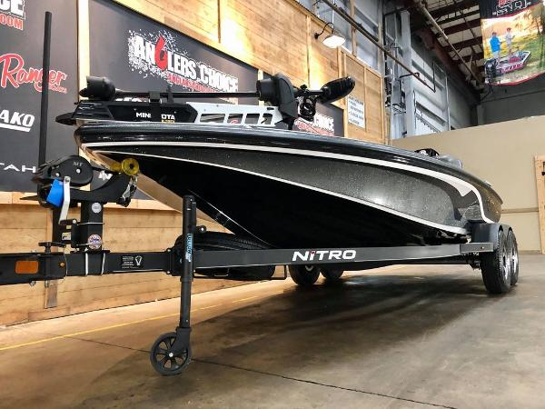 2020 Nitro boat for sale, model of the boat is Z19 & Image # 3 of 18