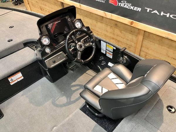 2020 Nitro boat for sale, model of the boat is Z19 & Image # 8 of 18