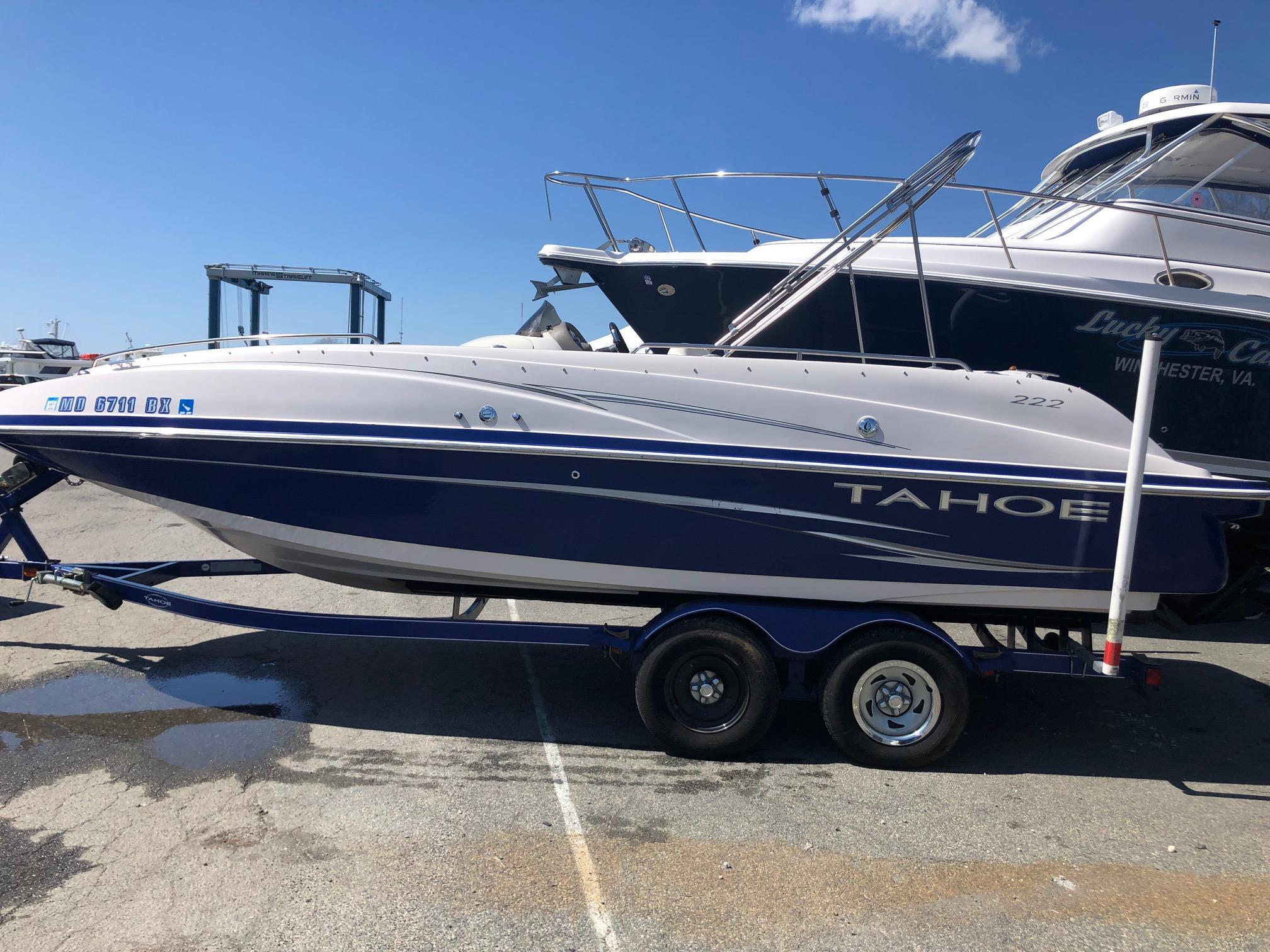 M 6012 WT Knot 10 Yacht Sales