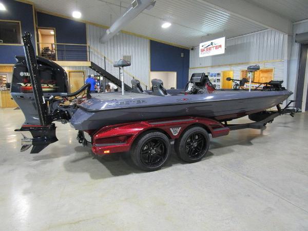 2021 Skeeter boat for sale, model of the boat is FXR21 Limited & Image # 49 of 50