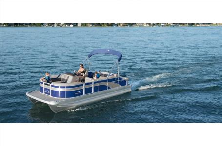 2021 Bennington boat for sale, model of the boat is 20 SFX & Image # 2 of 21