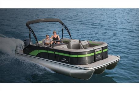 2021 Bennington boat for sale, model of the boat is 20 SLX & Image # 1 of 21