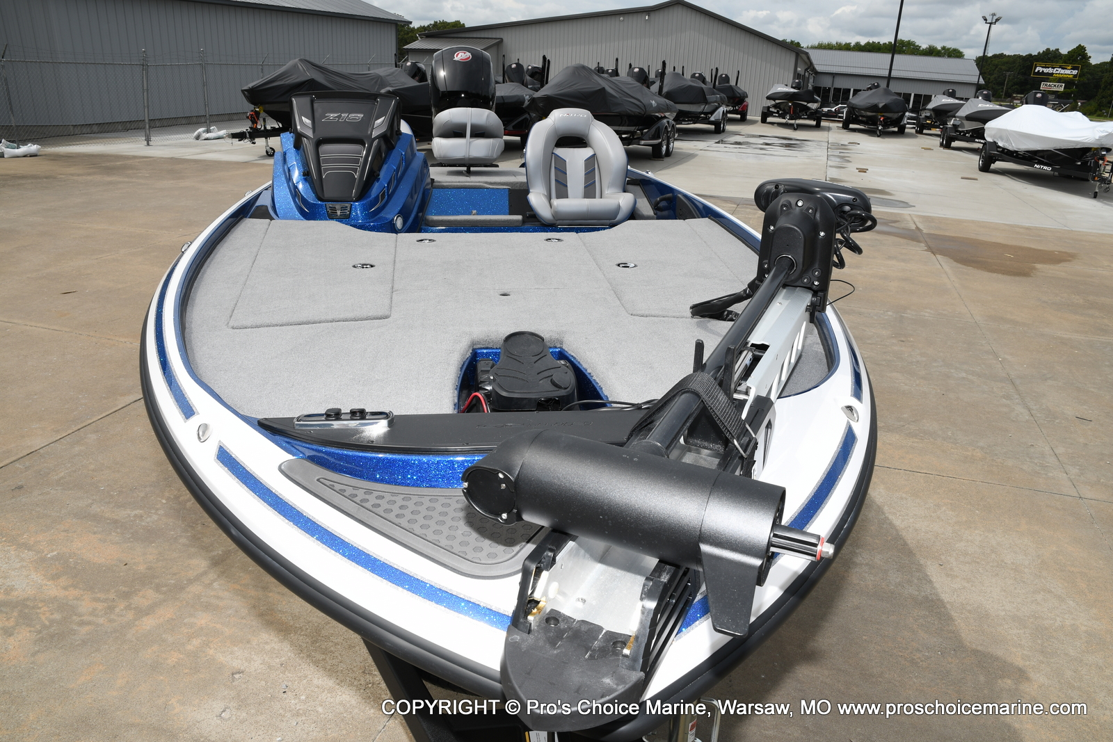 2021 Nitro boat for sale, model of the boat is Z18 & Image # 4 of 50