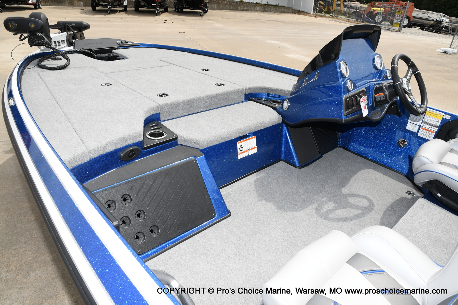 2021 Nitro boat for sale, model of the boat is Z18 & Image # 48 of 50