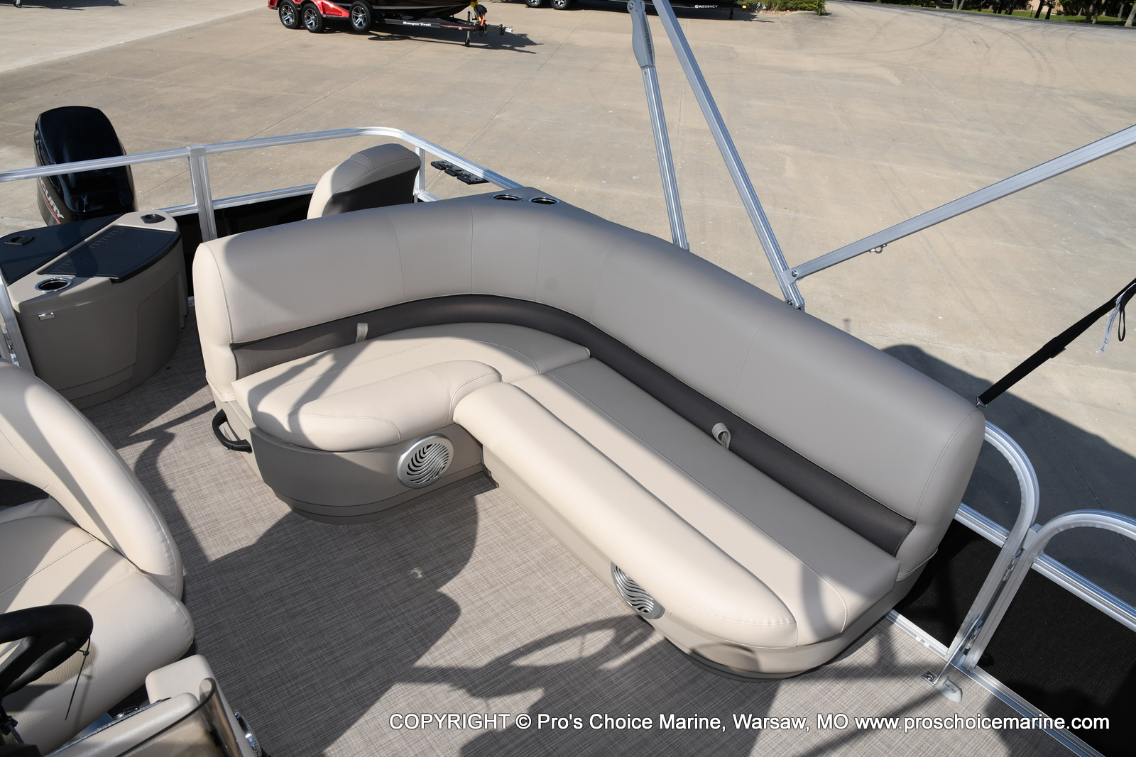 2021 Sun Tracker boat for sale, model of the boat is Bass Buggy 18 DLX & Image # 42 of 46