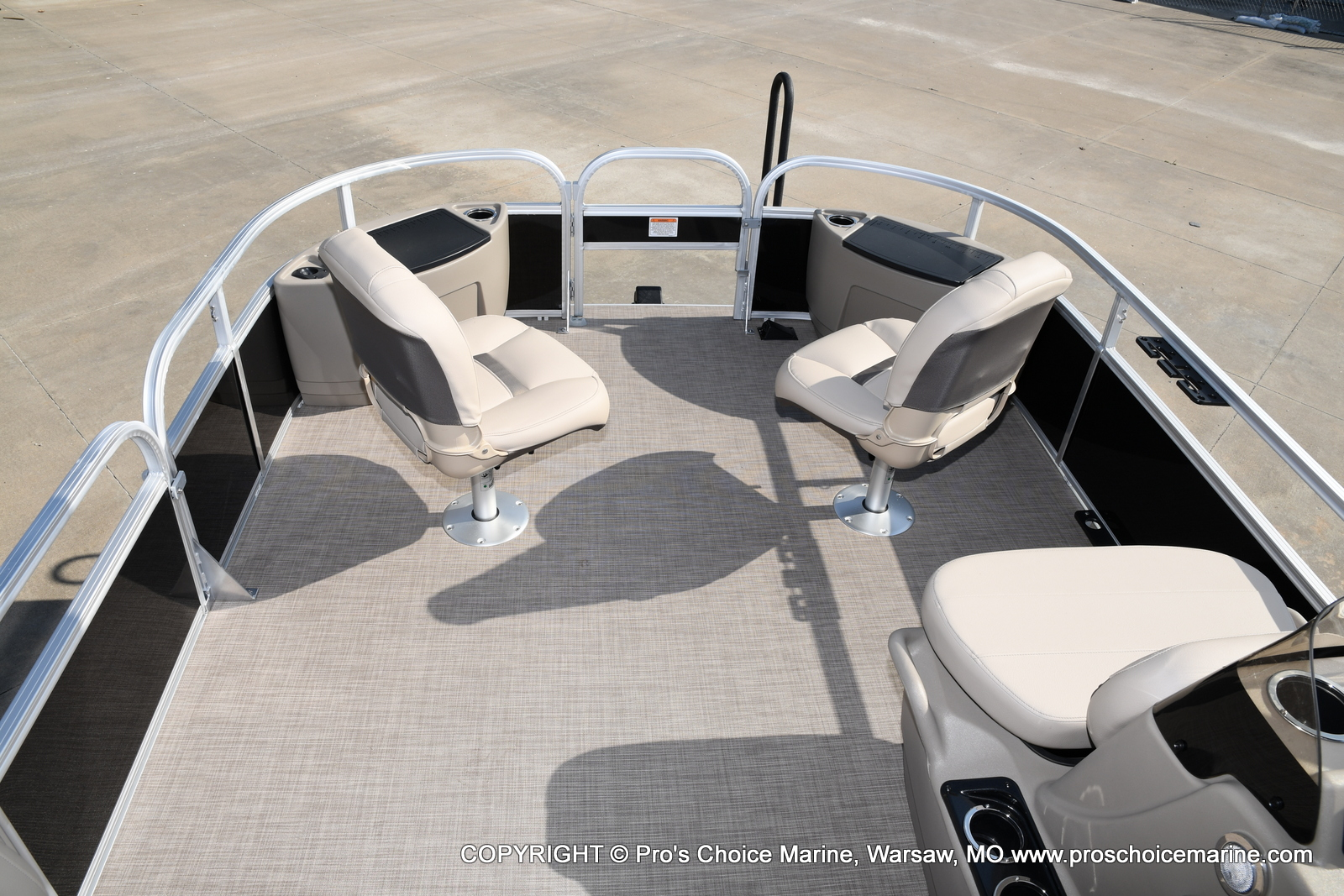 2021 Sun Tracker boat for sale, model of the boat is Bass Buggy 18 DLX & Image # 46 of 46