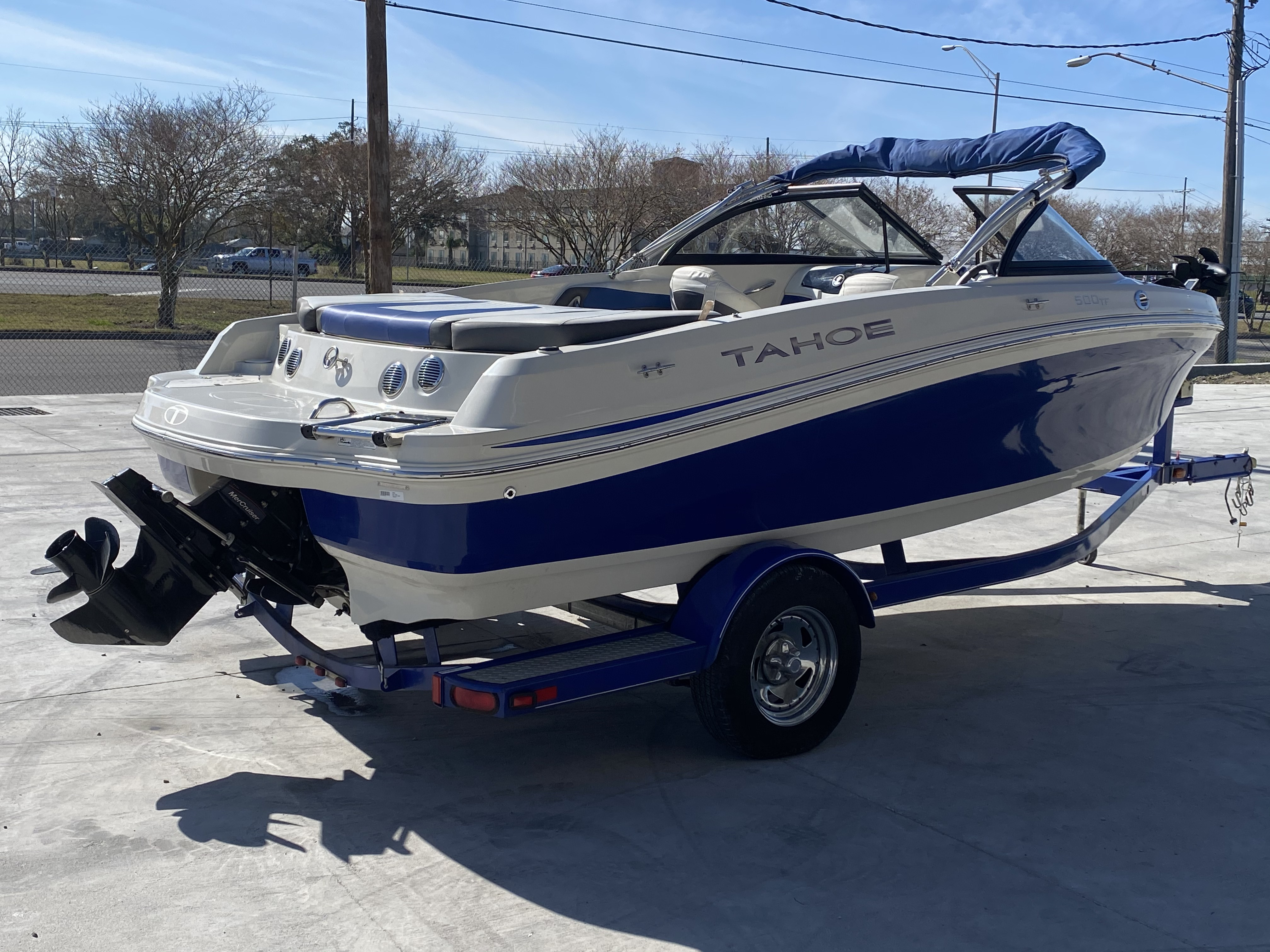 2015 Tahoe boat for sale, model of the boat is 500 TF & Image # 3 of 12