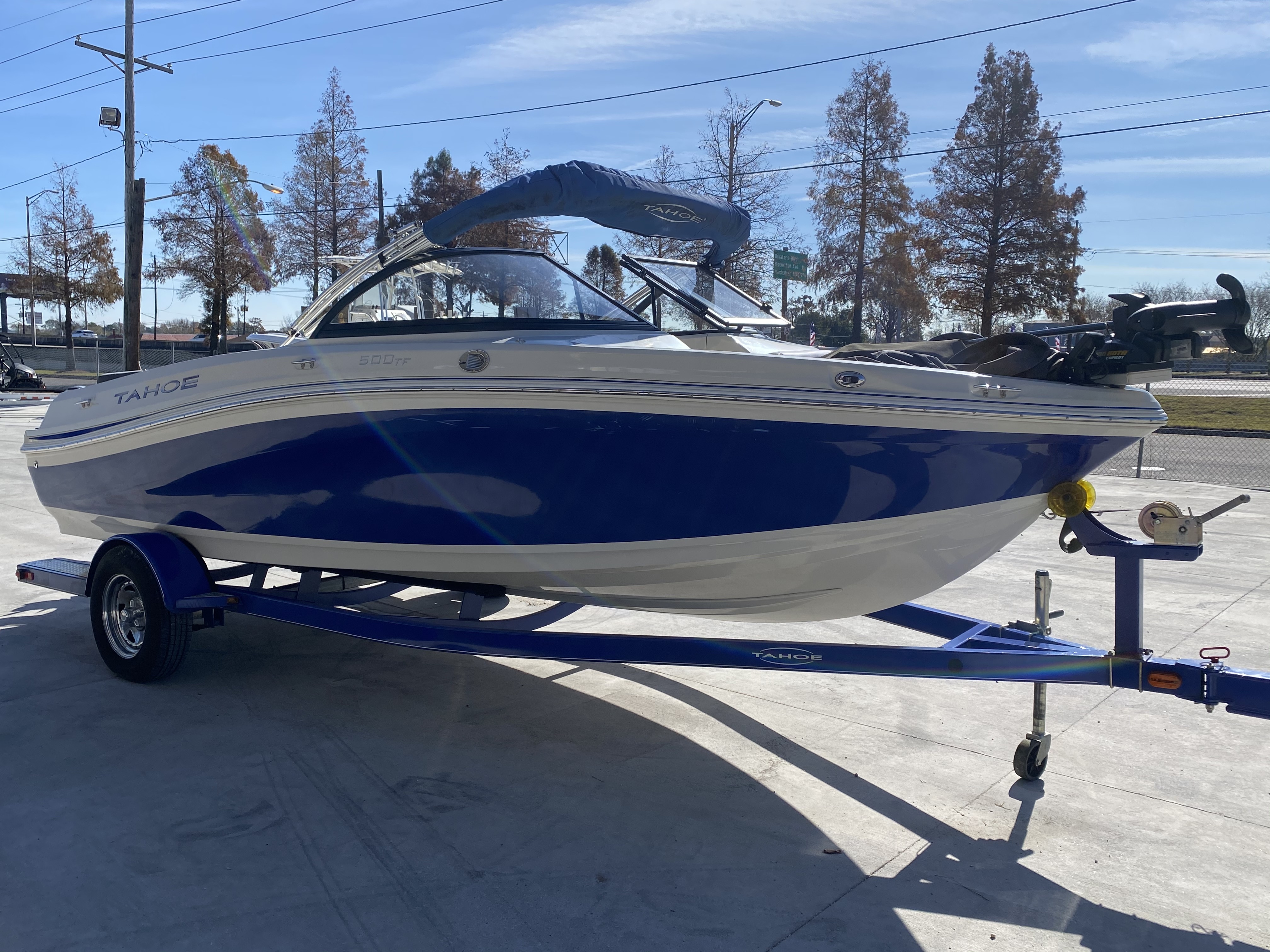 2015 Tahoe boat for sale, model of the boat is 500 TF & Image # 4 of 12