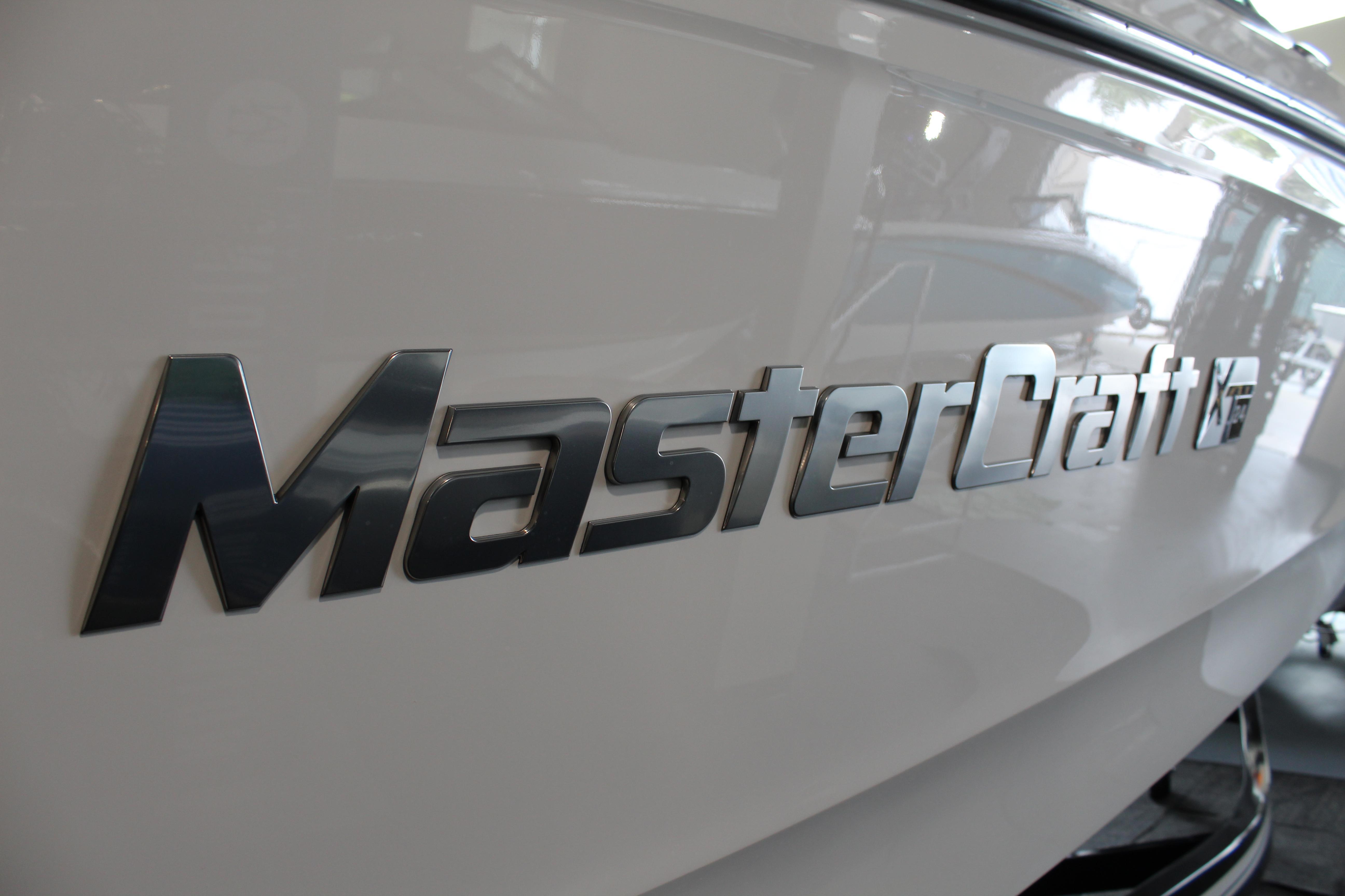 2022 Mastercraft XT24