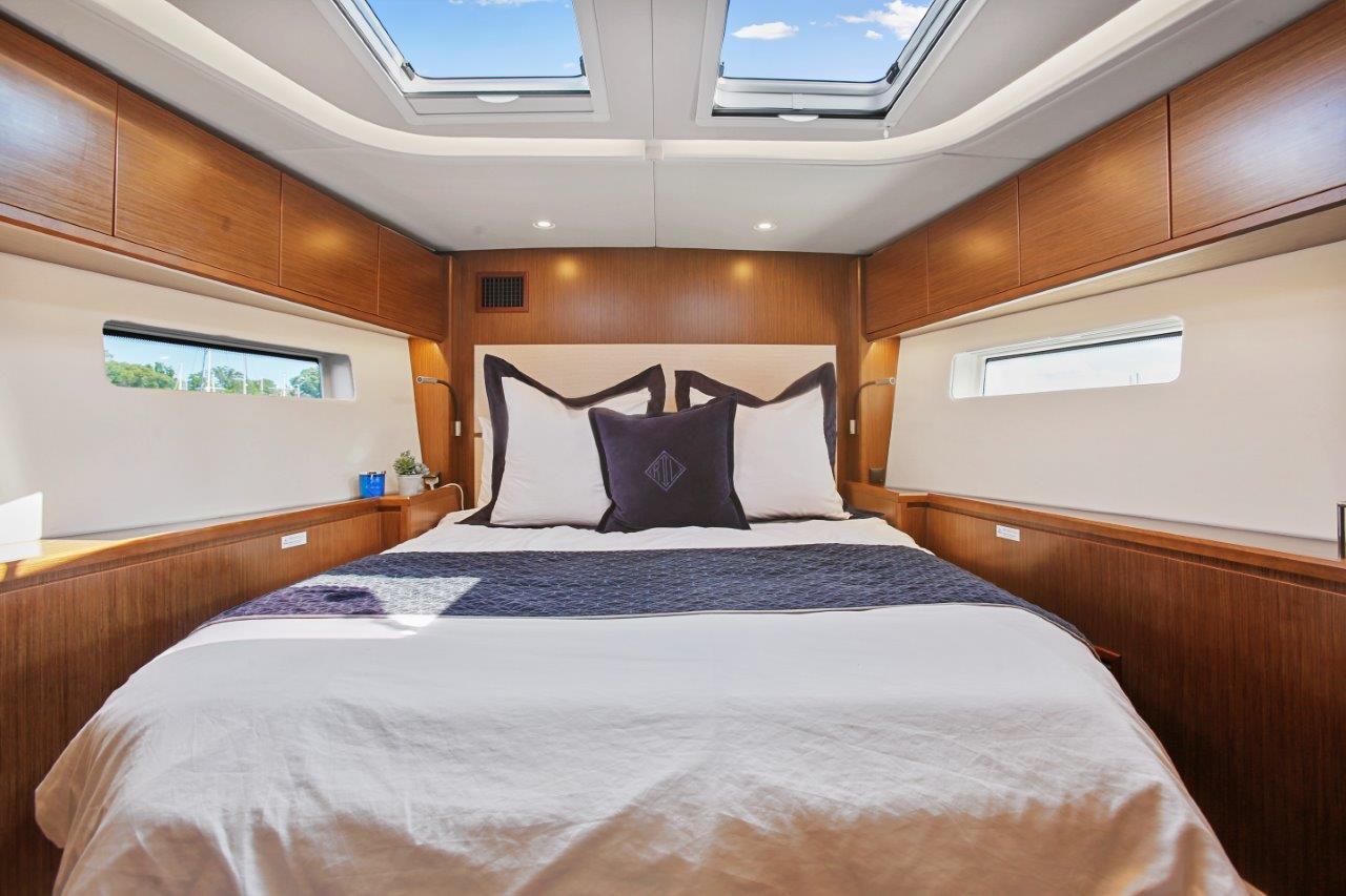 Forward Cabin berth