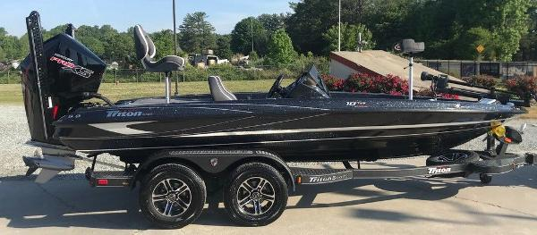2021 Triton boat for sale, model of the boat is 18 TRX & Image # 3 of 15