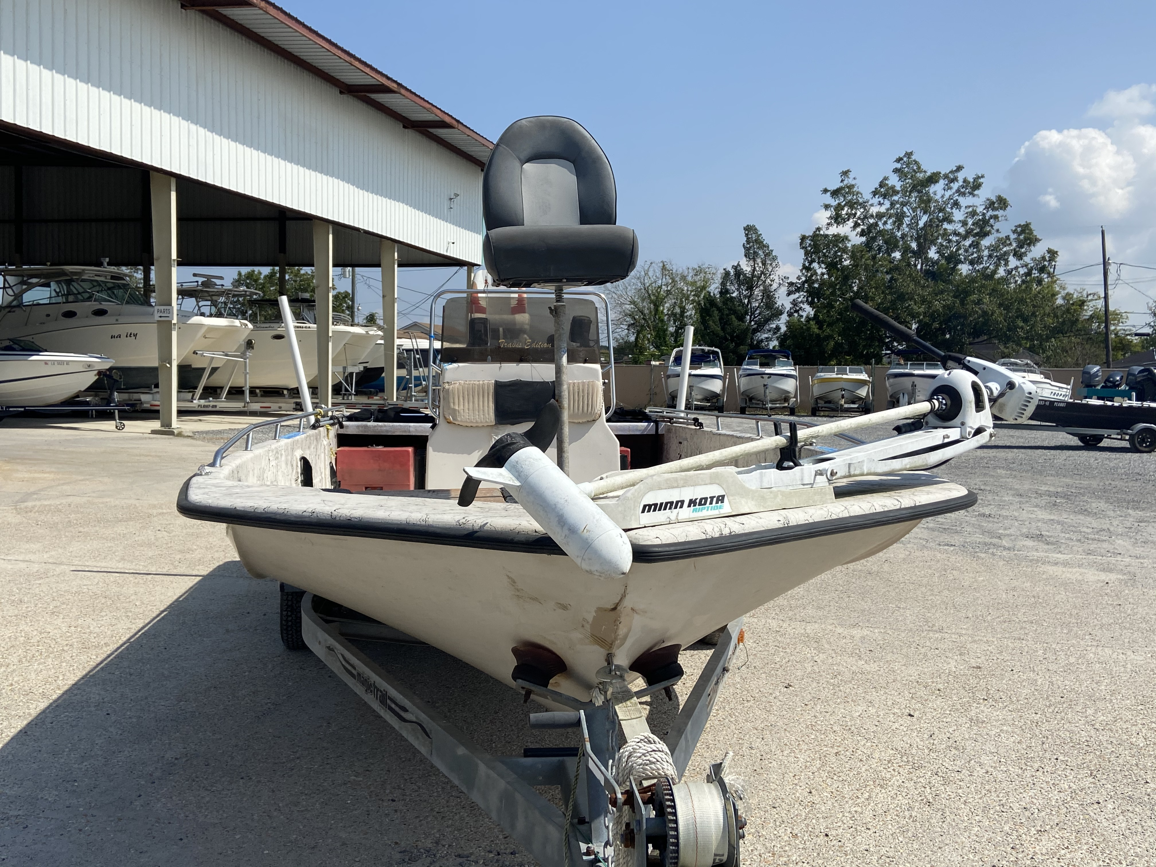 1999 Predator boat for sale, model of the boat is 22 CC & Image # 6 of 12