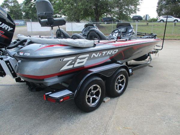 2015 Nitro boat for sale, model of the boat is Z Series Z-8 & Image # 2 of 13