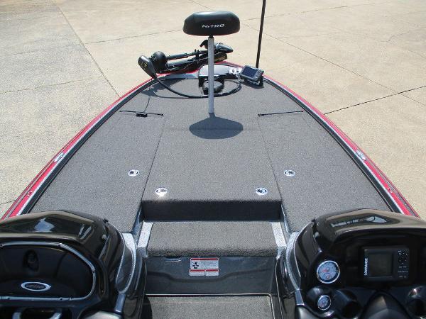 2015 Nitro boat for sale, model of the boat is Z Series Z-8 & Image # 4 of 13