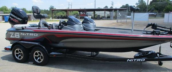 2015 Nitro boat for sale, model of the boat is Z Series Z-8 & Image # 5 of 13
