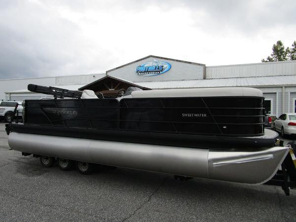 2021 Godfrey Pontoon boat for sale, model of the boat is SW 2286 SFL GTP 27 in. & Image # 1 of 38