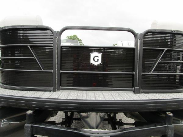 2021 Godfrey Pontoon boat for sale, model of the boat is SW 2286 SFL GTP 27 in. & Image # 20 of 38