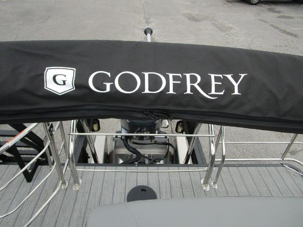 2021 Godfrey Pontoon boat for sale, model of the boat is SW 2286 SFL GTP 27 in. & Image # 31 of 38