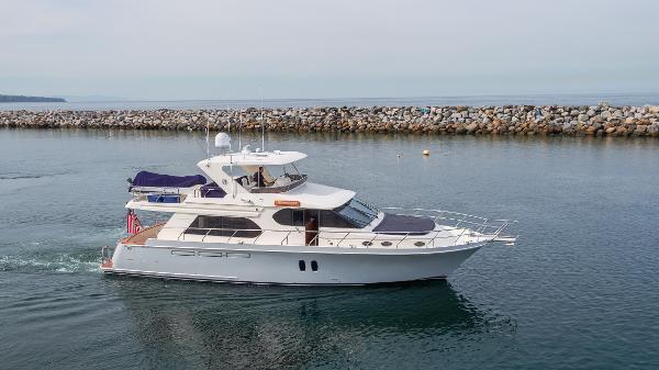 2010 Ocean Alexander Pilothouse Motor Yacht