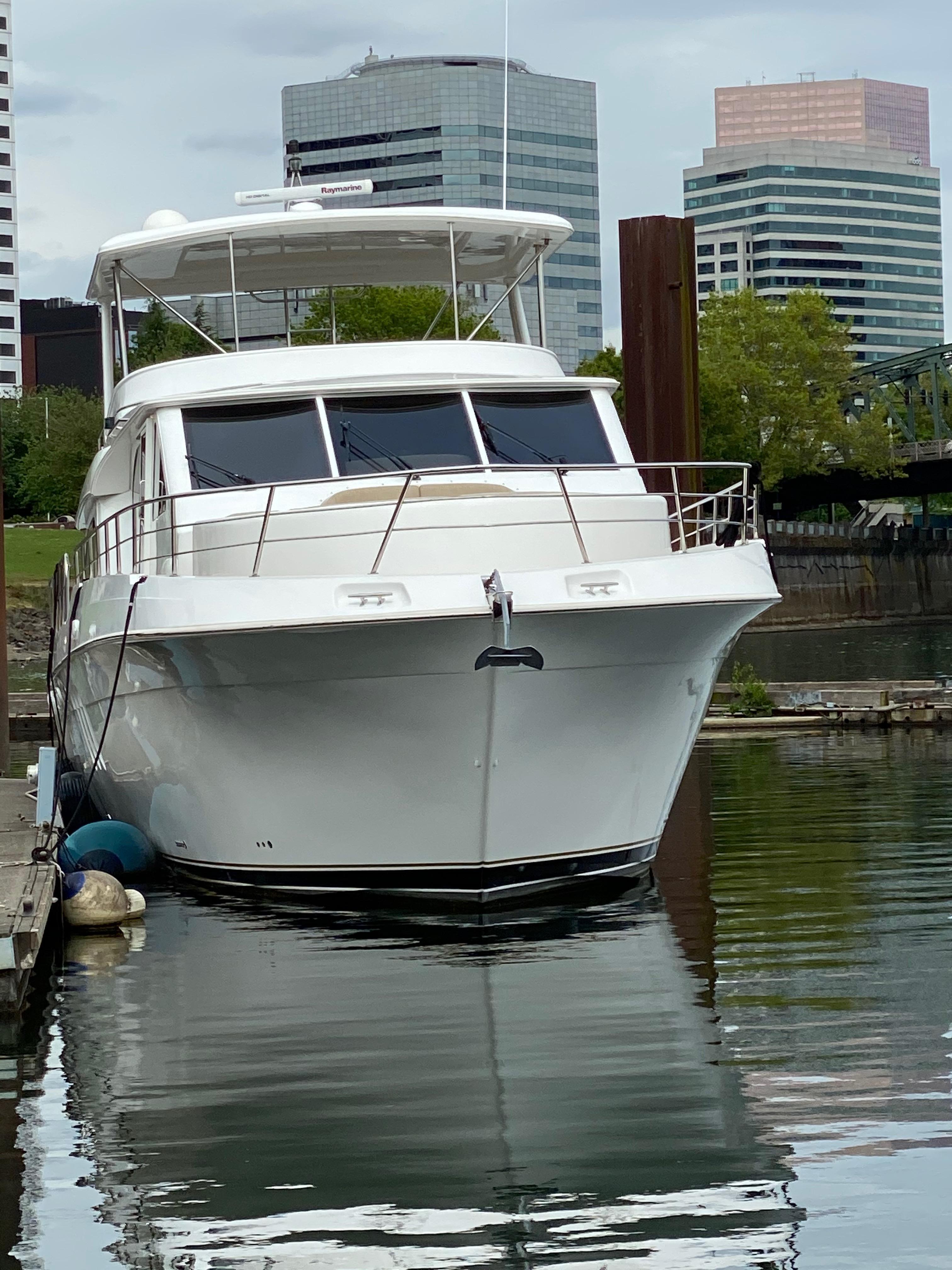 2011 Navigator 6200 Pilothouse