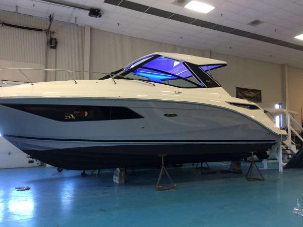 2020 SEA RAY Sundancer 320 thumbnail
