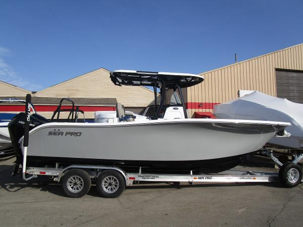 2021 Sea Pro boat for sale, model of the boat is 259 DLX & Image # 1 of 29