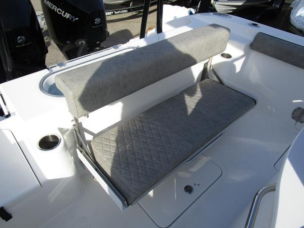 2021 Sea Pro boat for sale, model of the boat is 259 DLX & Image # 7 of 29