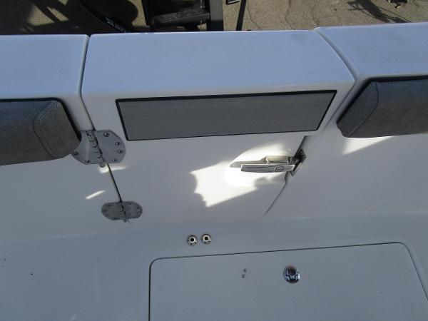 2021 Sea Pro boat for sale, model of the boat is 259 DLX & Image # 27 of 29
