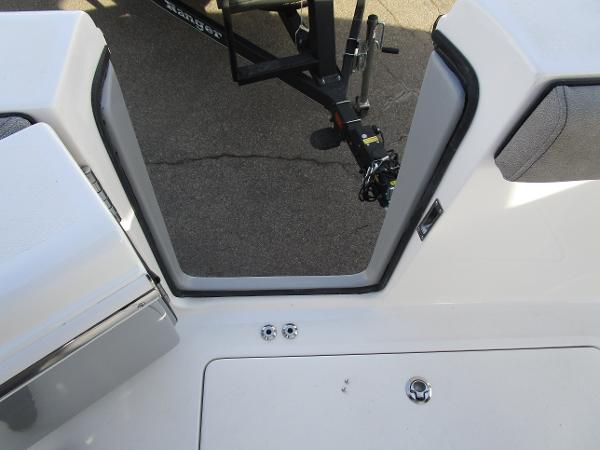 2021 Sea Pro boat for sale, model of the boat is 259 DLX & Image # 28 of 29