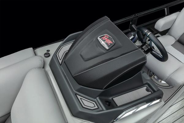 2020 Ranger Boats boat for sale, model of the boat is 2300LS & Image # 8 of 27