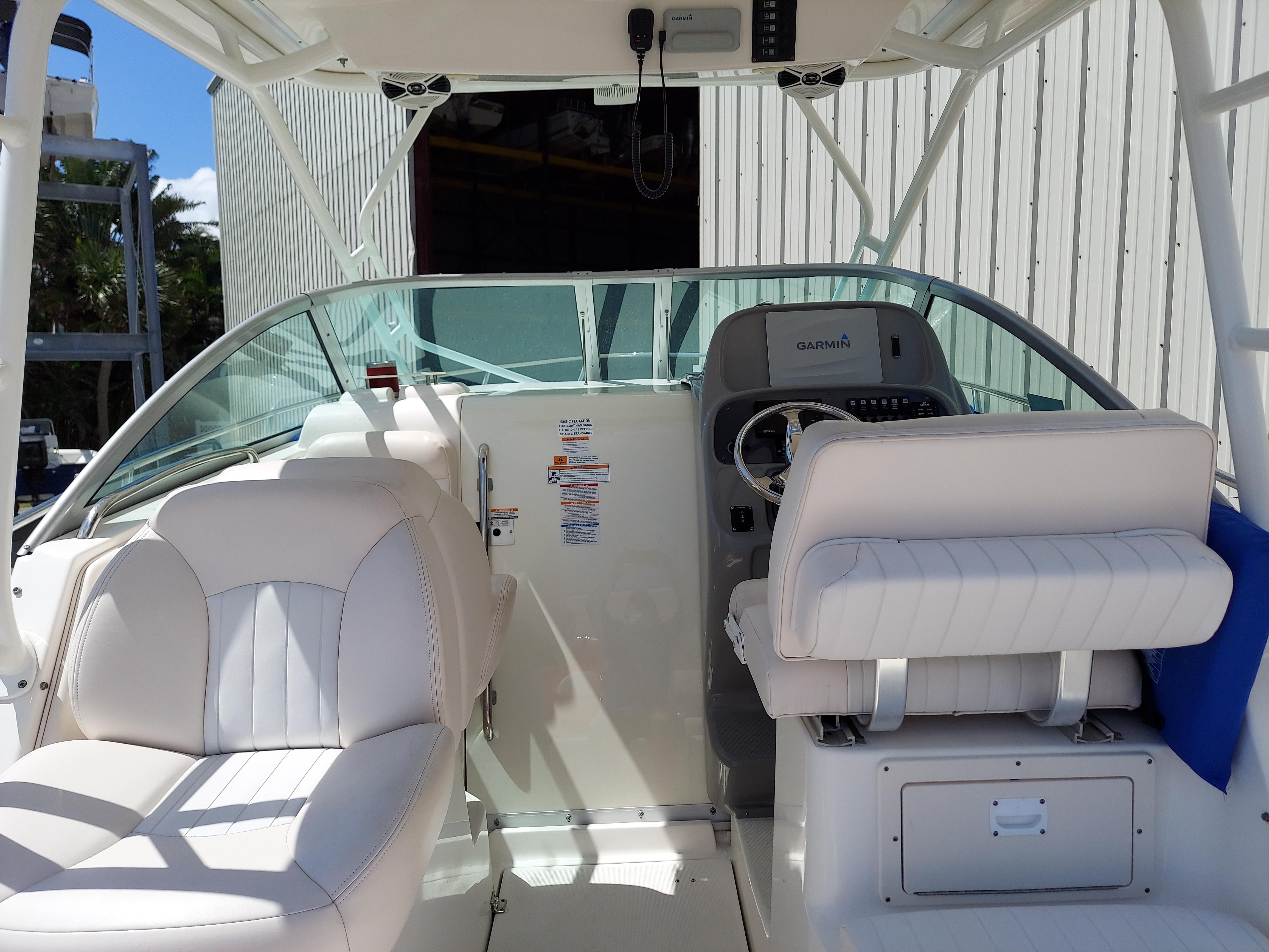 F 6068 KG Knot 10 Yacht Sales