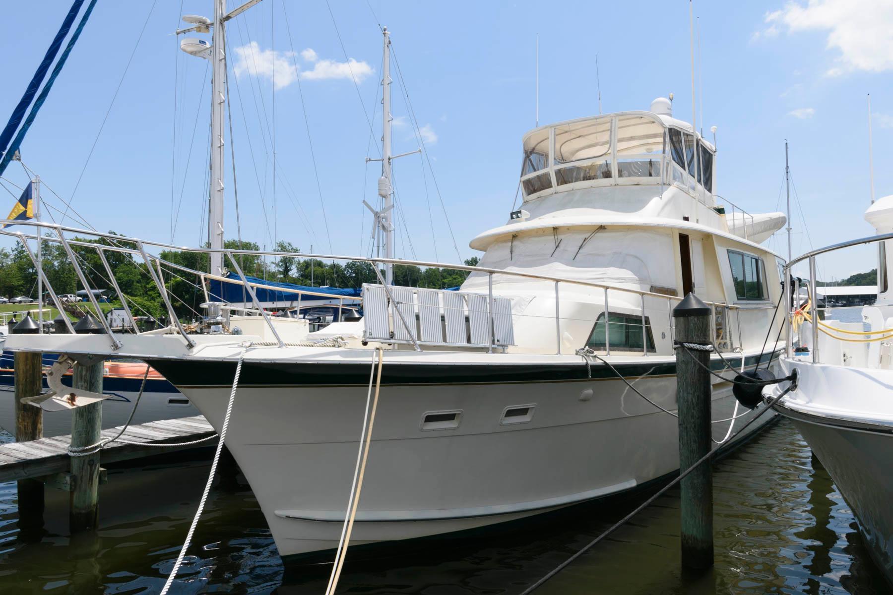 M 6282 KB Knot 10 Yacht Sales