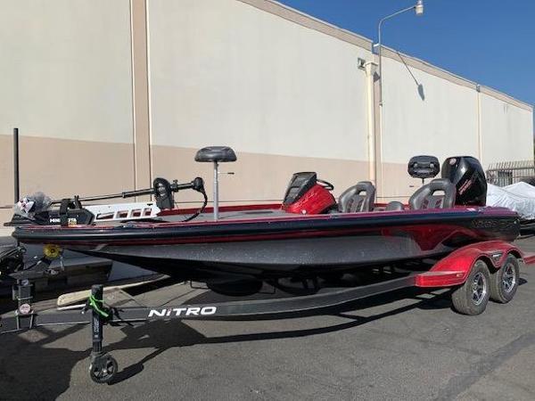 2021 Nitro boat for sale, model of the boat is Z21 & Image # 2 of 74