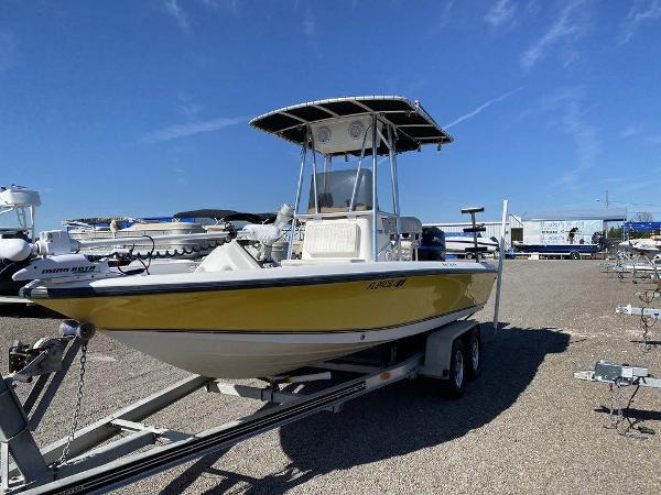 2000 MAKO 21 BAY SHARK for sale
